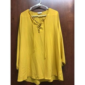 Adrienne Yellow Top Size Medium V Neck Tunic
